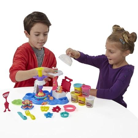 Игровой набор Play-Doh Сладкая вечеринка