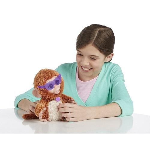 Furreal Friends Смешливая Обезьянка озорные зверята Hasbro Baby Cuddles My Giggly Monkey Pet Plush