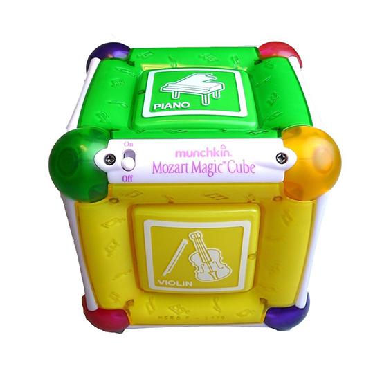 Детский развивающий музыкальный магический куб Моцарта (Munchkin Mozart Magic Cube)