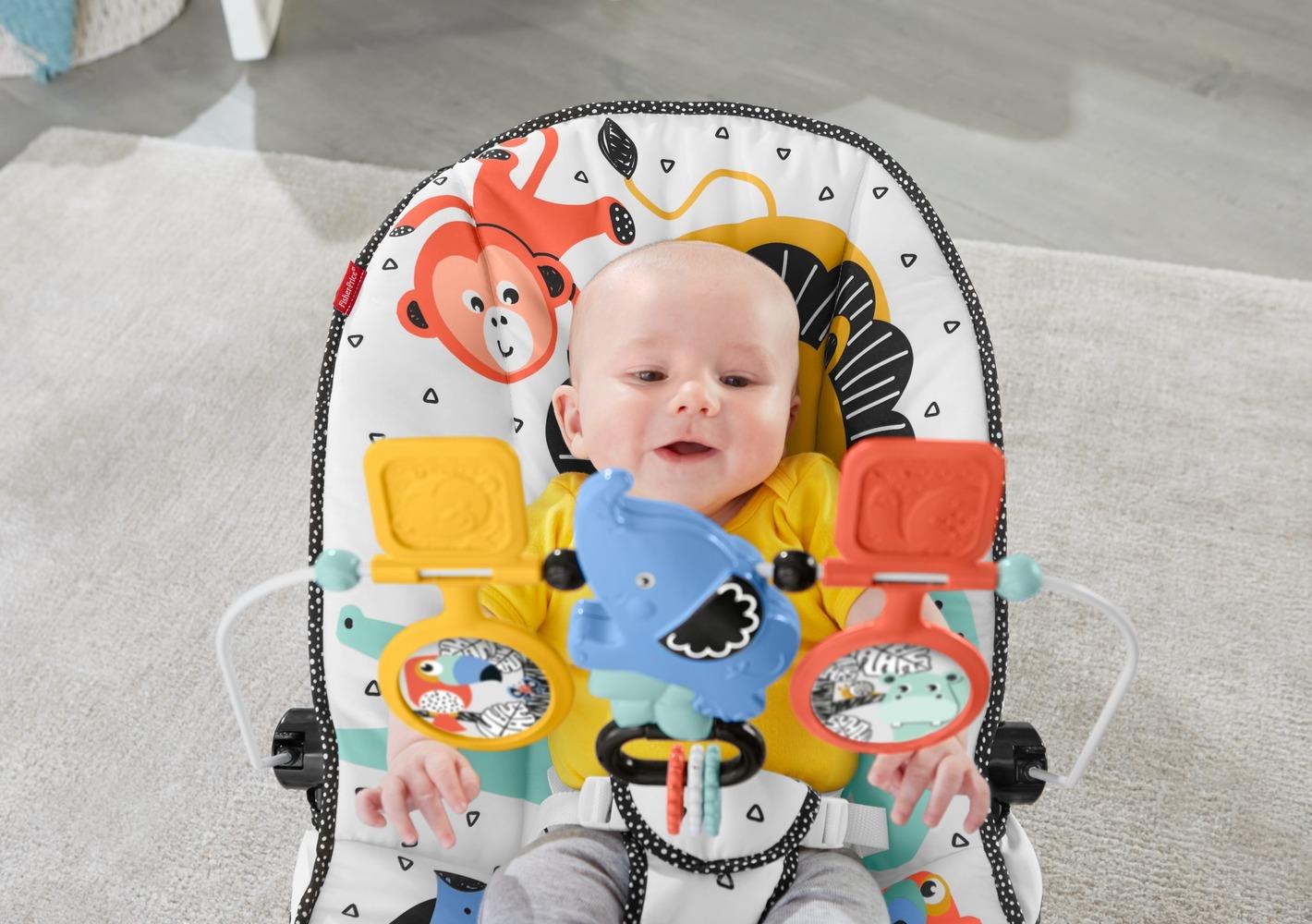 """Массажное кресло """"Веселые друзья малыша"""" Fisher-Price"""