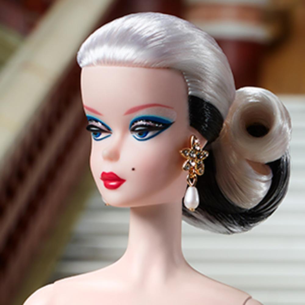 """Коллекционная кукла Barbie """"Черный и белый на все времена"""""""