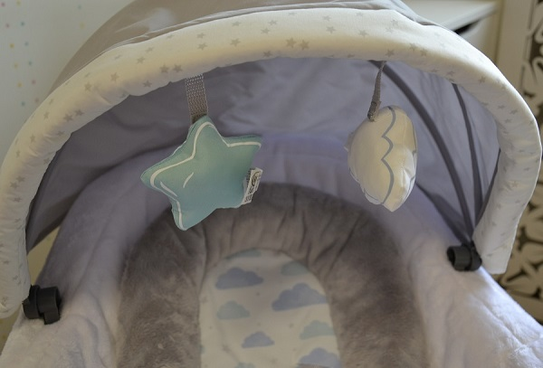 Капюшон Graco Baby Oasis Swing with Soothe Surround Technology